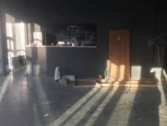 Сдается помещение под кафе, бар, идеально подходит под спорт бар. 80 кв.м., улица Жигура 26, р-н Третья рабочая