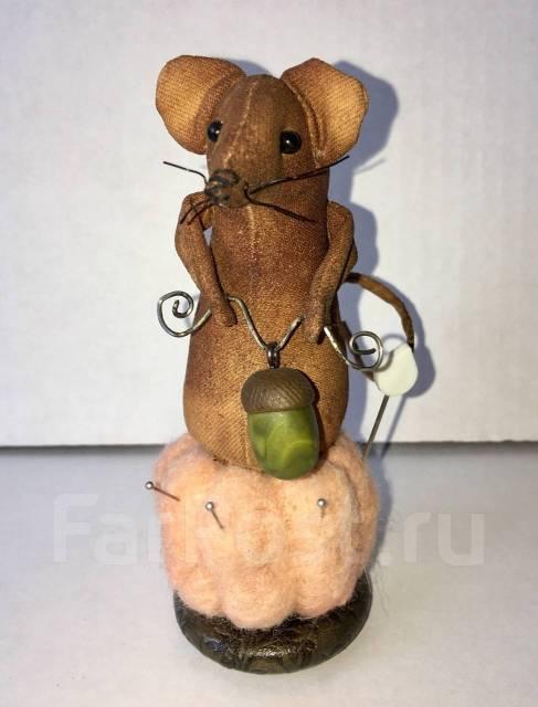 Сувенир мышка игольница ручной работы