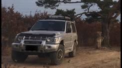 Mitsubishi Pajero. автомат, 4wd, 2.4 (145л.с.), бензин, 245тыс. км