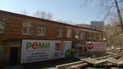 Сдаются офисные помещения. 60кв.м., улица Адмирала Юмашева 14г, р-н Баляева. Дом снаружи