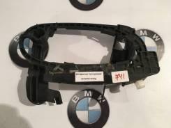 Ручка двери внешняя. BMW 7-Series, E65, E66, E67 Alpina B Alpina B7 Двигатели: M52B28TU, M54B30, M57D30T, M57D30TU2, M62TUB35, M62TUB44, M67D44, N52B3...