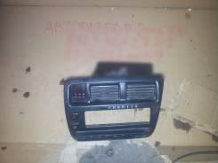 Кнопка включения аварийной сигнализации. Toyota Sprinter, AE100, AE101, AE102, AE104, AE109, CE100, CE104, CE106, CE108, CE108G, CE109, EE101, EE102...