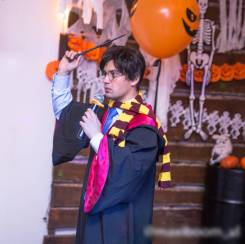 Гарри Поттер и Гермиона на день рождения аниматор тесла шоу