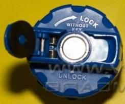Крышка топливного бака Daewoo грузовик с резьбой, крышечка ключ Doosan 3246004010