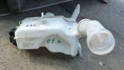 Шланг омывателя. Mazda CX-7, ER, ER3P Двигатели: L3VDT, L3VE, L5VE, MZRDISI, MZRDISI23L, MZRDISIL3VDT, MZRCD, MZRCD22L, MZRCDR2AA, DISI, MZR, R2AA