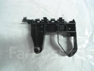 Крепление бампера. Honda Fit, GE6