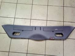 Обшивка двери багажника. BMW 7-Series, E65, E66, E67 Двигатель N62B44