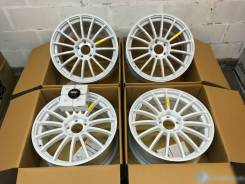 Advan Racing RT. 8.0x18, 5x114.30, ET45