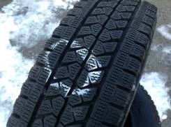 Bridgestone Blizzak W979. Зимние, без шипов, 2014 год, 10%, 4 шт