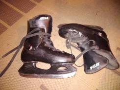 Продам коньки. размер: 38, хоккейные коньки