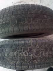 Bridgestone. Всесезонные, износ: 60%, 2 шт