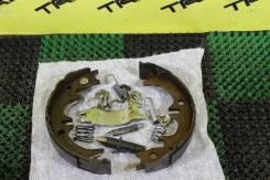 Механизм стояночного тормоза. Toyota Camry, ACV40, ACV41, ACV51, AHV40, ASV40, ASV50, ASV51, AVV50, GSV40, GSV50 Двигатели: 1AZFE, 2ARFE, 2ARFXE, 2AZF...