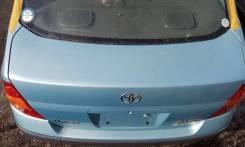 Крышка багажника. Toyota Prius, NHW10