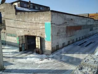 Склад на Снеговой - 450 кв. м капитальный. 450кв.м., улица Снеговая 18а стр. 2, р-н Снеговая. Дом снаружи