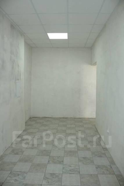 Продаётся нежилое помещение, площадь 87 кв. м. Улица Мичурина 14, р-н Пограничная, 87кв.м.