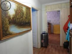 2-комнатная, улица Анны Щетининой 35. Снеговая падь, агентство, 54кв.м. Прихожая