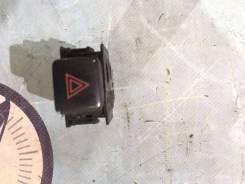 Кнопка включения аварийной сигнализации. Toyota Mark II, GX90, JZX90, JZX90E, JZX91, JZX91E, JZX93, LX90, LX90Y, SX90 Toyota Cresta, GX90, JZX90, JZX9...