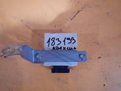 Реле стеклоочистителей TOYOTA AVENSIS II (03-08)