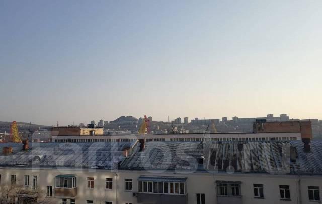 Продаётся этаж в центре города – первая линия во Владивостоке. Улица Светланская 90, р-н Центр, 1 217кв.м. Вид из окна