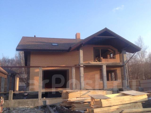 Строительство домов из кирпича, газосиликатных блоков, дерева и т. д.