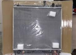 Радиатор основной Infiniti QX56 04- (21460-7S000 / NS0009-QX56 / SAT)