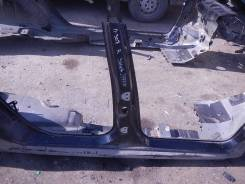 Стойка кузова центральная правая Peugeot 307
