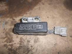 Блок предохранителей TY Corolla EE103 под капот малый, шт