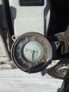 Продам электрические часы от 21 волги