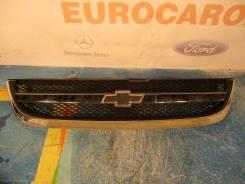 Решетка радиатора. Chevrolet Lacetti, J200