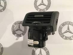 Накладка консоли. Mercedes-Benz S-Class, V220, W220 Двигатели: M112E28, M112E32, M112E37, M113E43, M113E50, M113E55, M137E58, M137E63, M275E55, M275E6...