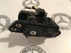 Замок крышки багажника. Mercedes-Benz S-Class, V220, W220 Mercedes-Benz CL-Class, C215 Двигатели: M112E28, M112E32, M113E43, M113E50, M113E55, M137E58...