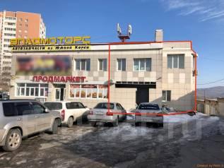 Нежилое помещение на первой линии; высокий пешеходный трафик. Улица Тухачевского 66б, р-н БАМ, 450 кв.м. Дом снаружи