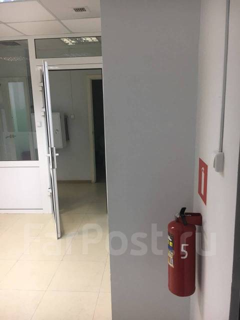 Продается помещение в бизнес центре 284 кв. м. Улица Запорожская 77, р-н Чуркин, 284 кв.м.