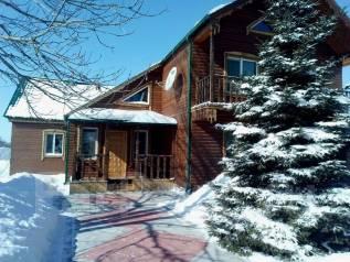 Продается 2-х этажный деревянный дом в курортной зоне с. Тихменево. С.Тихменево, ул. Приморская 10, р-н Лесозаводский район, площадь дома 178кв.м....