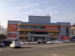 Продается Торговое Трехэтажное здание. Проспект Находкинский 72, р-н Рыбный порт, 4 064кв.м.