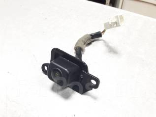 Камера заднего вида Toyota Ipsum, ACM21