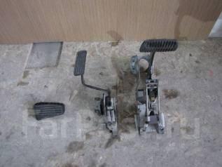 Педаль. Subaru Forester, SG5, SG9, SG9L Двигатели: EJ205, EJ201, EJ20, EJ204