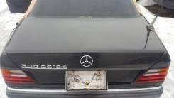 Крышка багажника. Mercedes-Benz E-Class, C124 Двигатели: M102, M103, M104, M111E20, M111E22