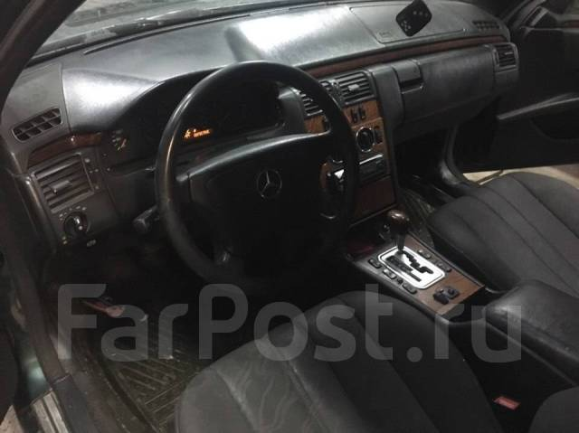 Mercedes-Benz E-Class. MERCEDESBENZ ECLASS W210, M112