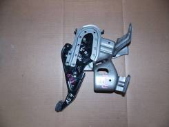 Педаль ручника. Honda CR-V, RE3, RE4 Двигатели: K24Z1, K24Z4, N22A2, R20A1, R20A2