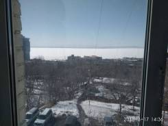 Гостинка, улица Енисейская 7. Вторая речка, частное лицо, 14кв.м. Вид из окна днём