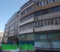2-комнатная, улица Орджоникидзе 38. центр # комарова, агентство, 50 кв.м. Дом снаружи