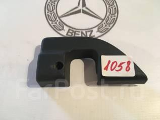 Накладка на ручку двери внутренняя. Mercedes-Benz S-Class, V220, W220 Двигатели: M112E28, M112E32, M112E37, M113E43, M113E50, M113E55, M137E58, M137E6...