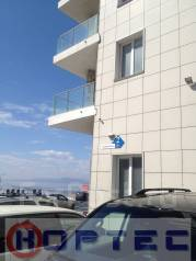 2-комнатная, улица Авраменко 2. Эгершельд, проверенное агентство, 87кв.м. Дом снаружи