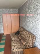 Гостинка, улица Надибаидзе 28. Чуркин, агентство, 24 кв.м. Комната
