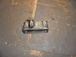 Ручка открывания багажника. Honda Stream, RN2 Двигатели: D17A, D17AVTEC, D17A2
