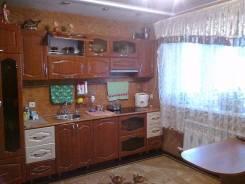 Продаётся добротный дом с ремонтом, 82 кв. м., в районе 5 километра. Ул. Фадеева, р-н 5 км, площадь дома 82 кв.м., скважина, электричество 9 кВт, ото...