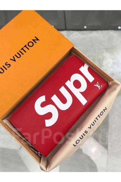 Портмоне Supreme от Louis Vuitton - Аксессуары и бижутерия в Ижевске e2ab06ff0cc
