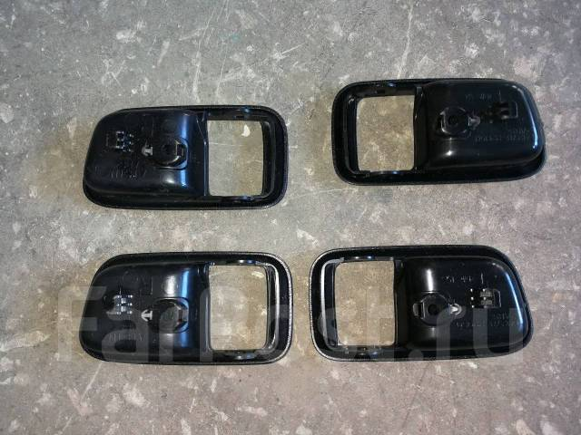 Опора амортизатора. Toyota Mark II, GX100, GX105, JZX100, JZX105 Toyota Chaser, GX100, GX105, JZX100, JZX105