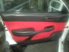 Обшивка двери. Toyota Carina, CT190